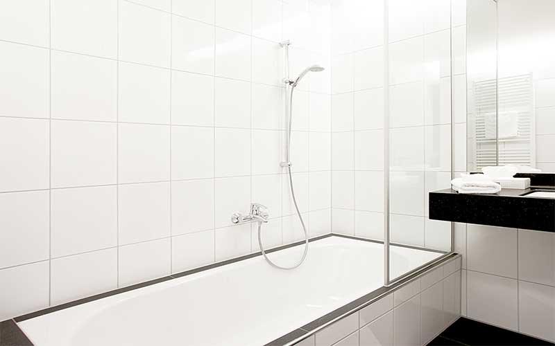 Komfortzimmer-mit-Badewanne